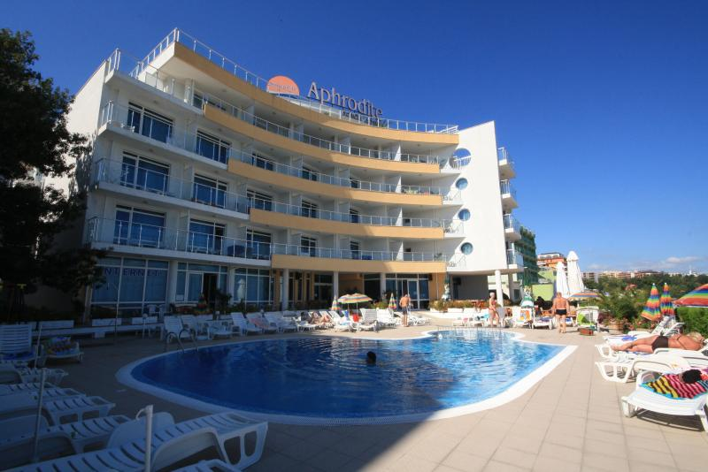 Aphrodite Beach Hotel, vacation rental in Nessebar