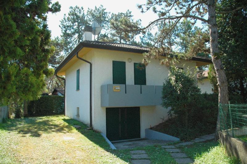 Villa Usignolo, holiday rental in Aprilia Marittima
