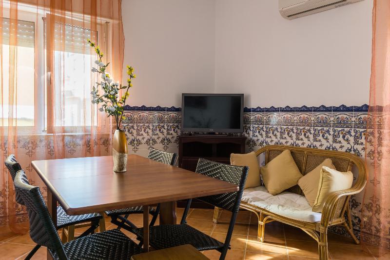 Heartseeker Apartment, Monte Gordo, Algarve, holiday rental in Sao Bartolomeu