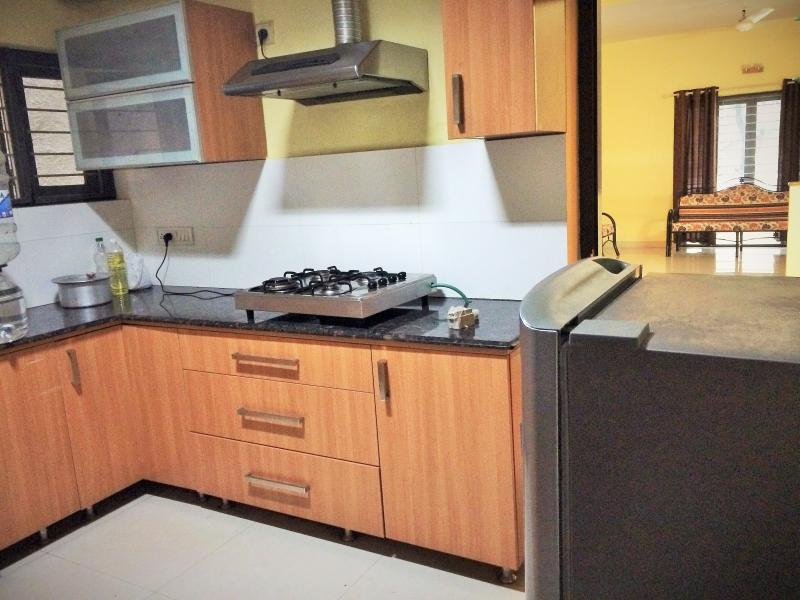 Kitchen - fully equipped and clean..