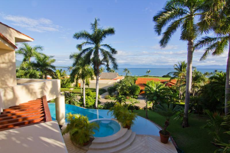 Casa Alamanda 5BR 6Bth Villa Inside Four Seasons, location de vacances à Punta de Mita