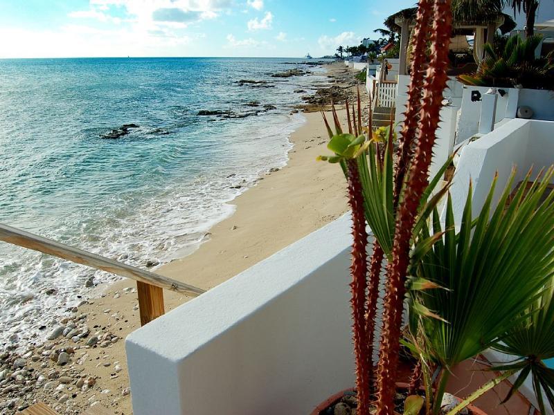 Carisma, sobre a praia, Pelican chave, St Maarten
