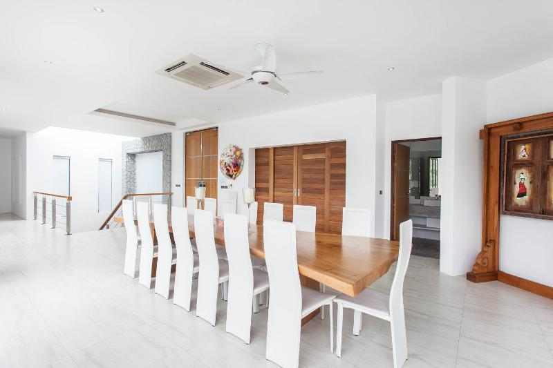 Dining Room Table - seats 18+