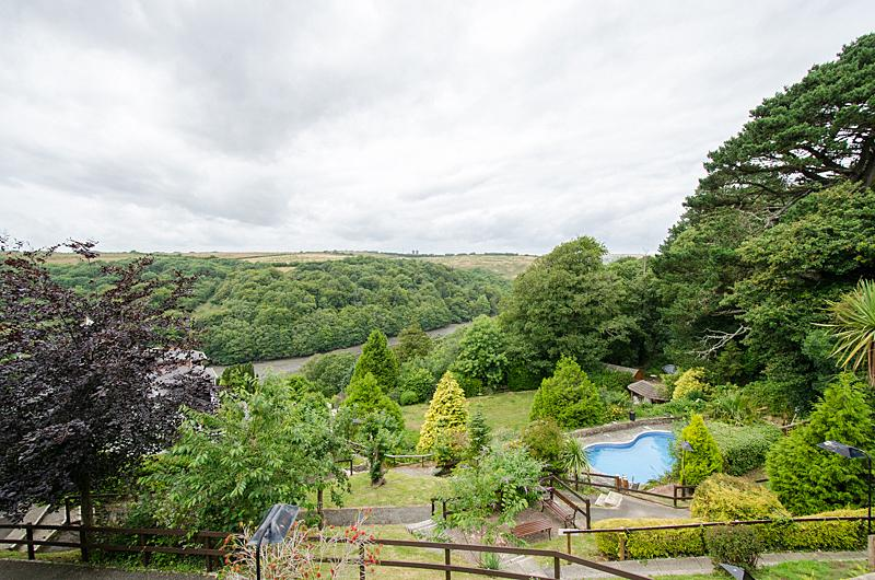 Spectacular, verdant views of Looe river and woodlands