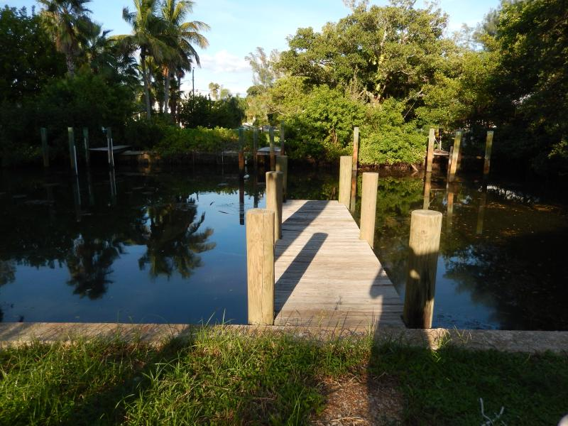 Dock and canal right in backyard.