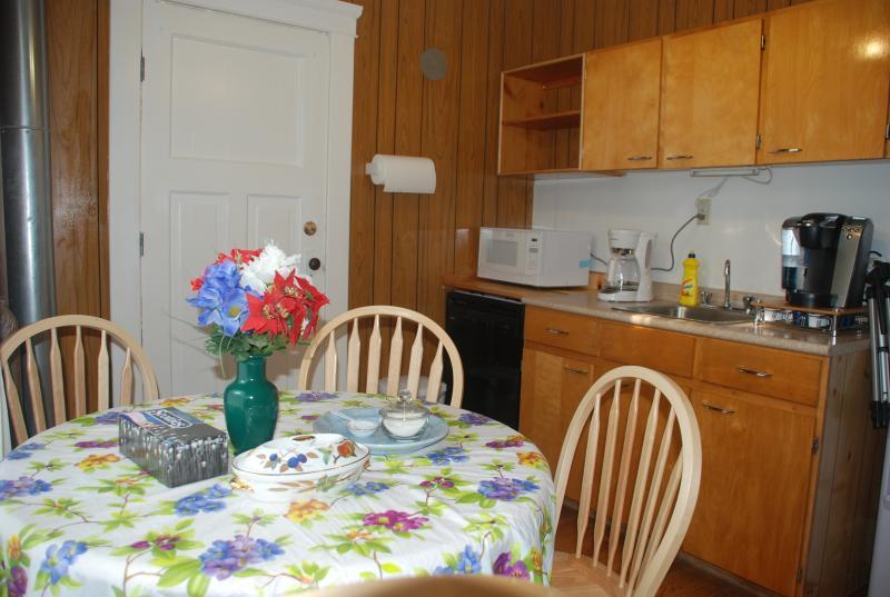 Guest Cafe Room