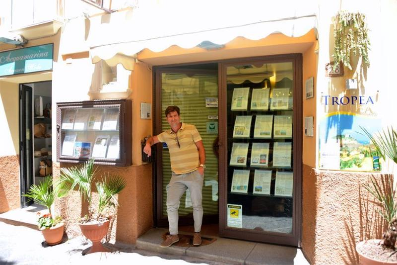 Cristian Buttafuoco owner of the property and manager of his estate agency