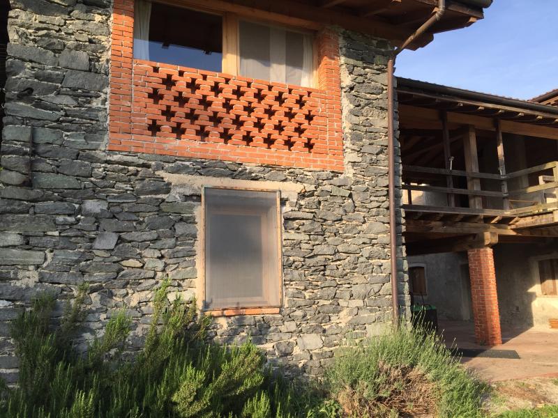 AgriLu - agriloft nel cuore della riserva pian di Spagna, vacation rental in Dascio