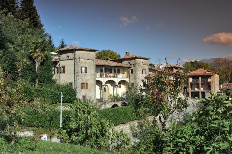 VILLA BENEDETTA- CASA MARCELLO, holiday rental in Careggine