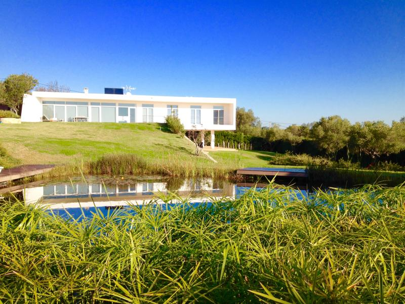 Beautiful Seaview in Eco Resort near Golf course, holiday rental in Tavira