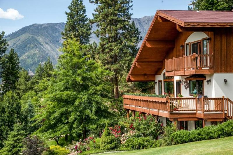 Fox Den Bed & Breakfast, vacation rental in Leavenworth