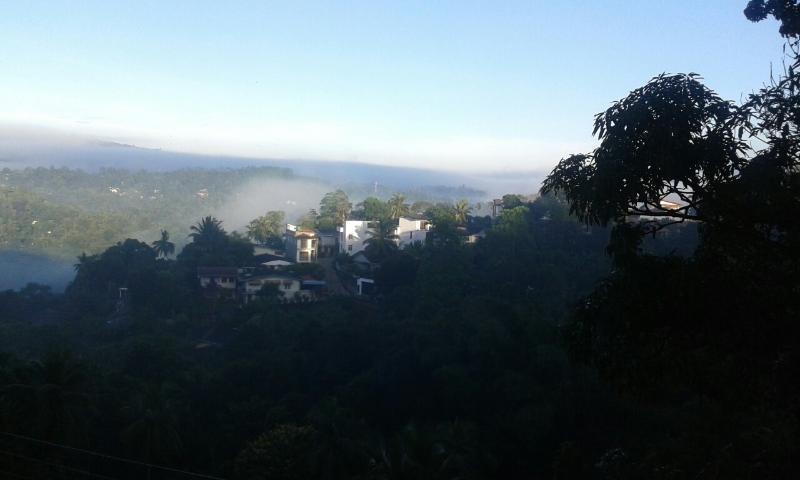 Kandy Hill escape, holiday rental in Nugawela