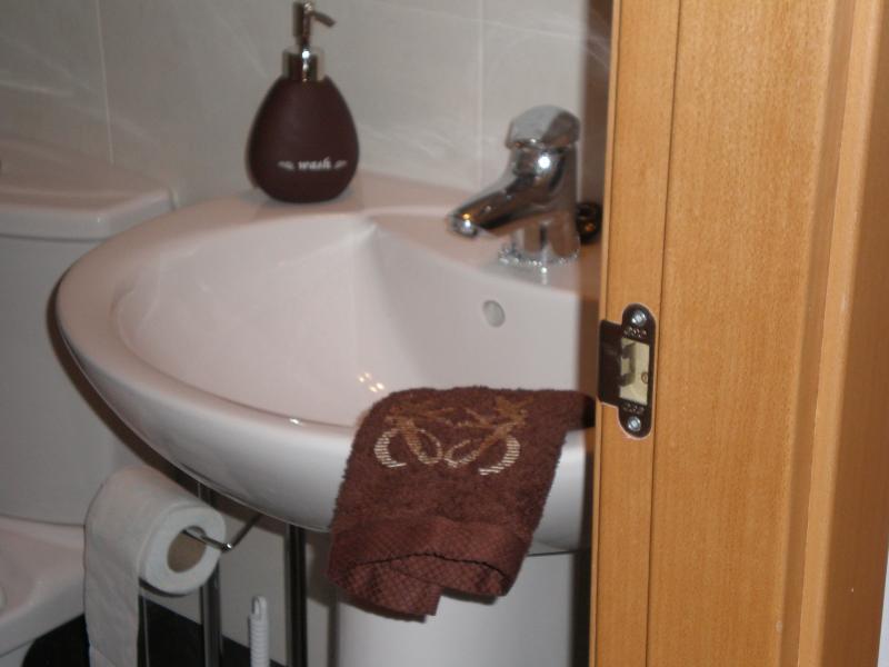 lavabo cuarto baño pequeño