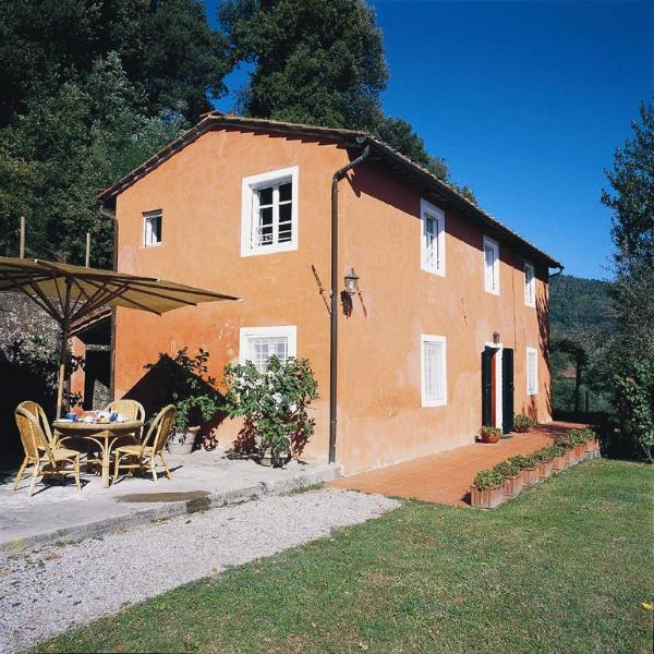 Carignano Holiday Home Sleeps 6 with Pool and WiFi - 5227136, vacation rental in San Macario in Monte
