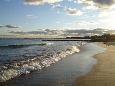 Sea St beach, only 150 feet from your door.Sea St Beach is a sandy beach with warm waters.