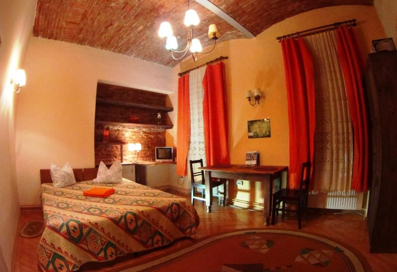 Brasov Apartment in Historic Centre, vacation rental in Poiana Brasov