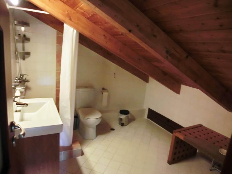 salle de bain # 2 dans le grenier