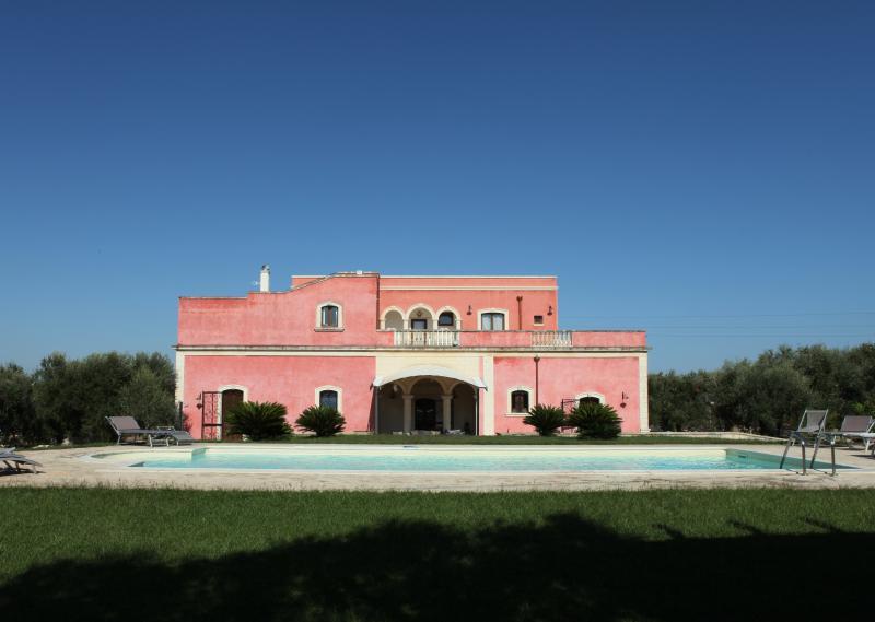 HOME AND MORE Villa PARDONISE  DISO-CASTRO, vacation rental in Lecce