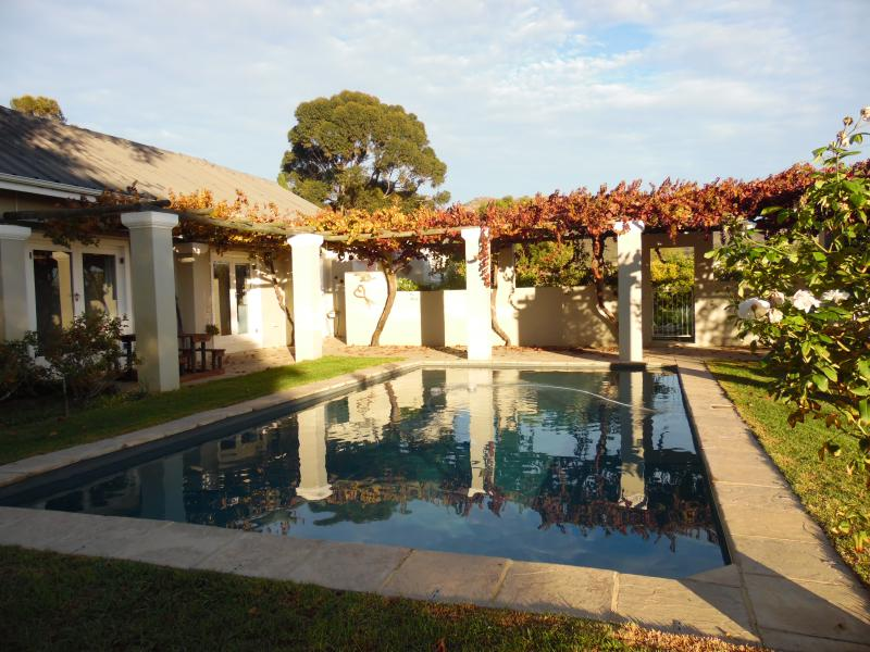 Luxurious Farm-style Family Home, holiday rental in Riebeek Kasteel