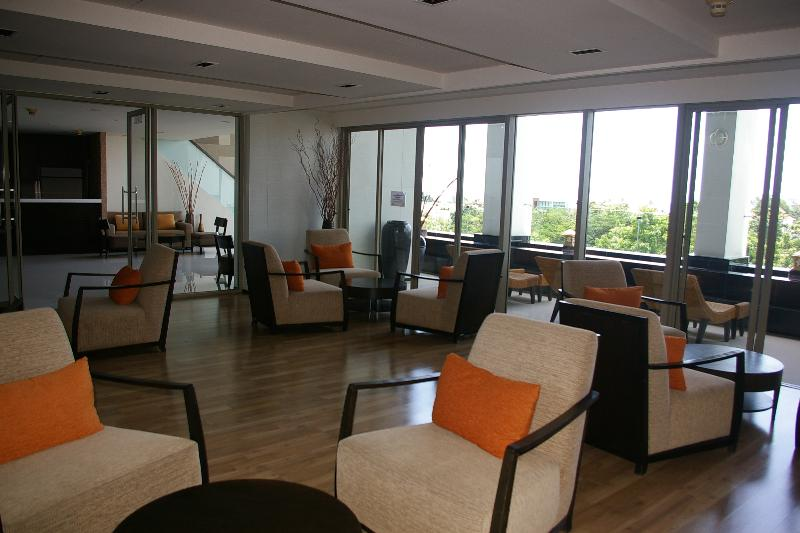 sala de lectura condominio de lujo con instalaciones de cocina WiFi +