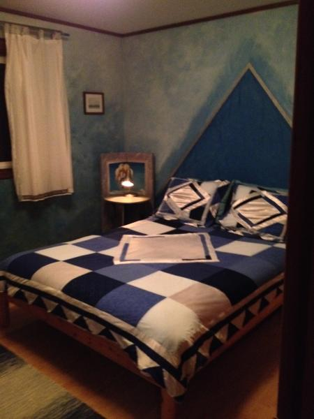 BLUE ROOM upstairs bedroom with queen size bed
