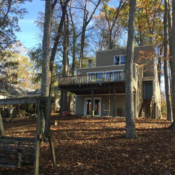 Waterfront home on Wheeler Lake, holiday rental in Rogersville
