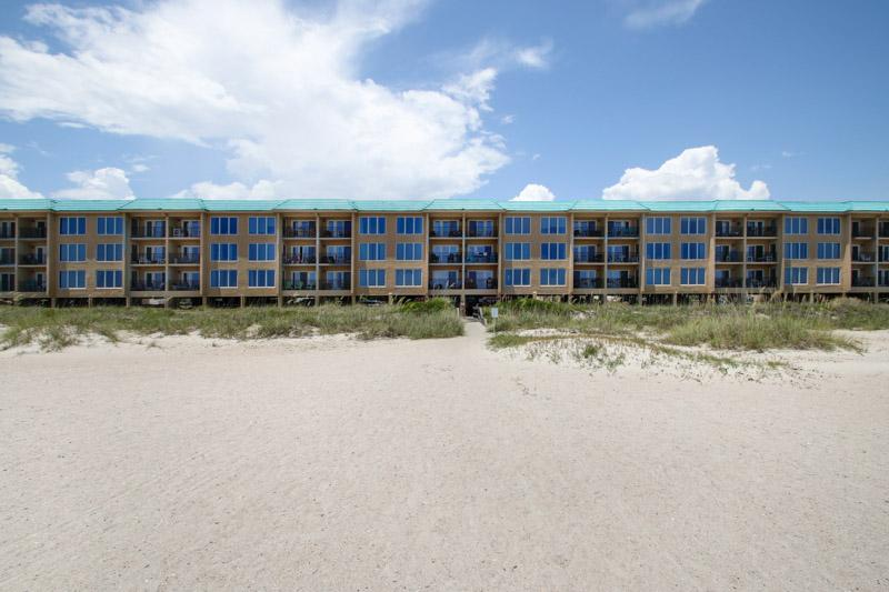 Building,Office Building,Beach,Coast,Outdoors
