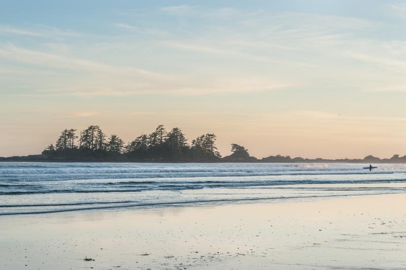 Chesterman Beach a 1 min walk from Surf Shack