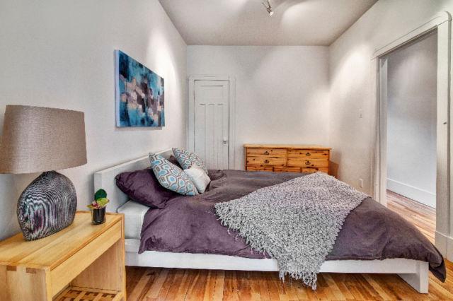 Beautiful bedroom with double bed Queen