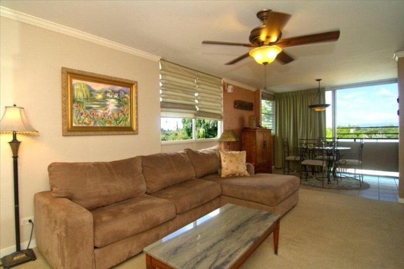 Living room and dining room. Waikiki & Diamond Head views, near beach, pool & BBQ area.