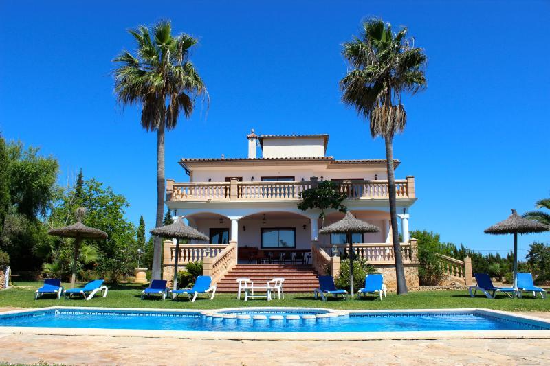 Villa Gardenia, alquiler vacacional en Cala Romàntica