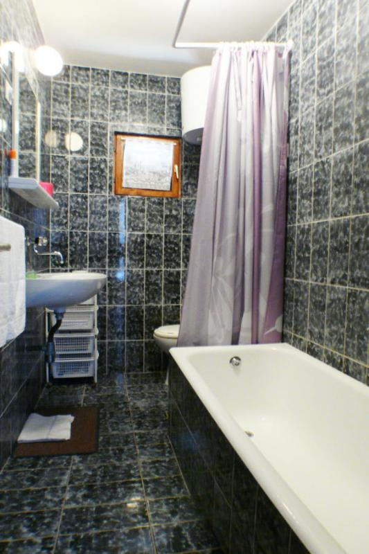 A1 (4 + 1): salle de bain avec toilette