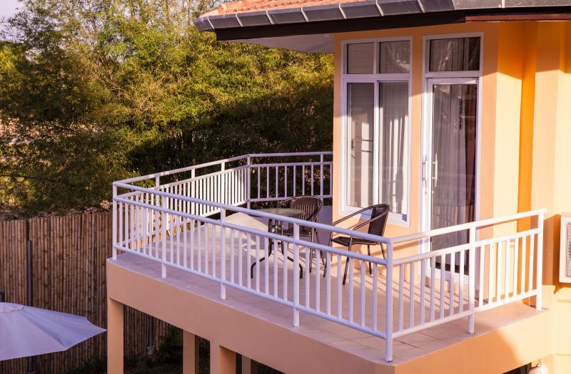 Twin Villas Ao Nang - Villa 2 Garden view no Pool, holiday rental in Railay Beach