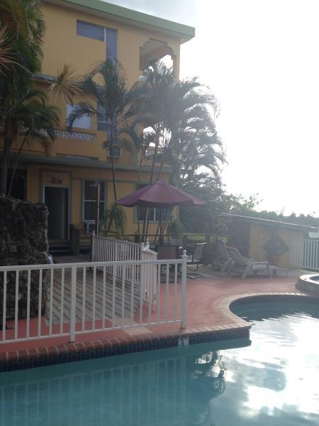 Entrance & Pool