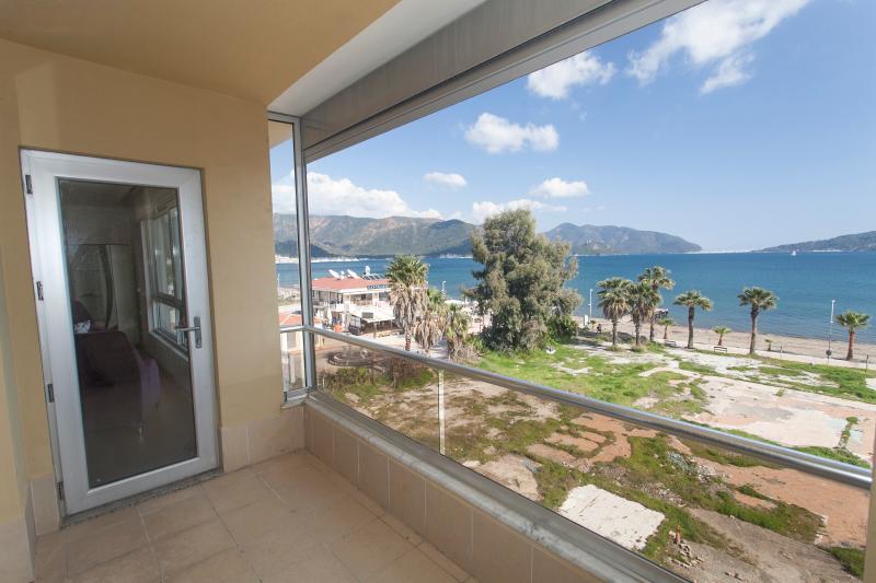 Çardak Sea view Penthouse, holiday rental in Marmaris