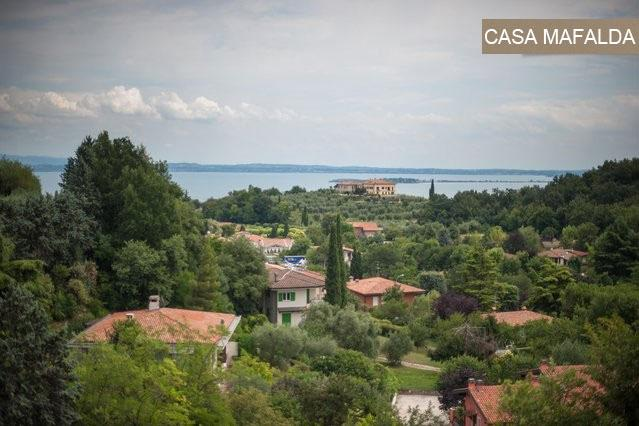 Portion of Villa - 2 Bdrm w, holiday rental in Muscoline