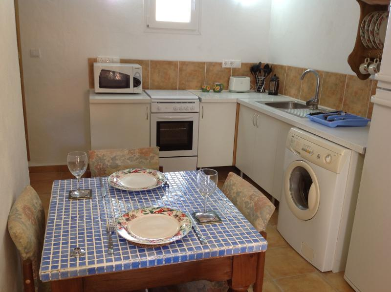 Stables- fully fitted kitchen. Are you ready to sit down and have a meal?