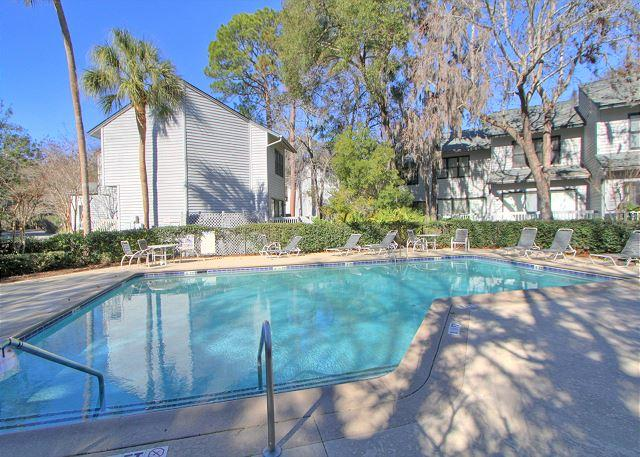 Remodeled Pet Friendly 78 Ocean Breeze, Free Bikes, Pool, Tennis, vacation rental in Hilton Head