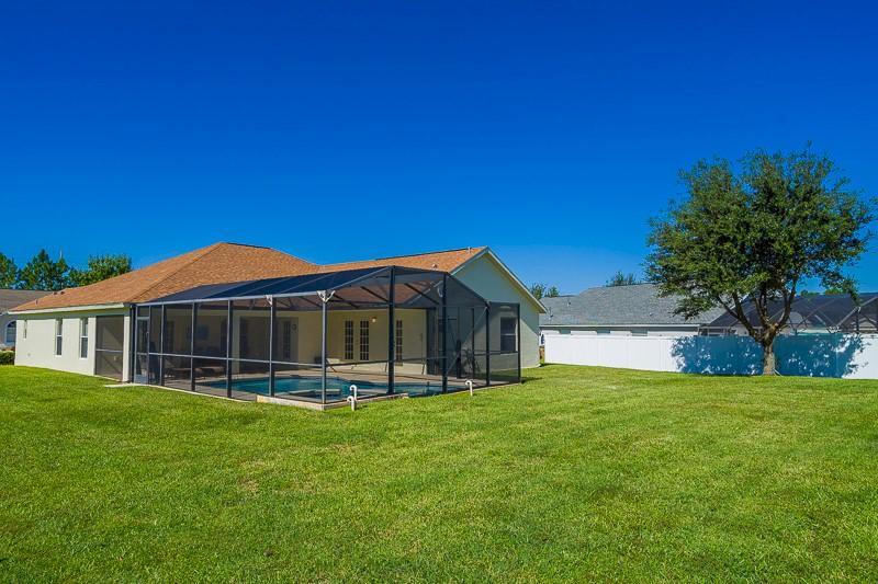 Building,Cottage,Yard,Field,Grass