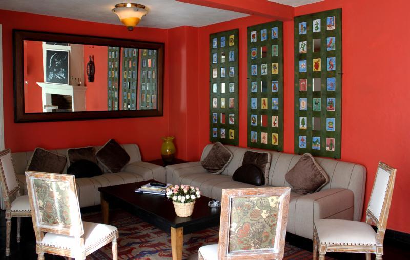 La Casa de Laura Apts/Suites 'El Raton Vaquero', holiday rental in El Santuario