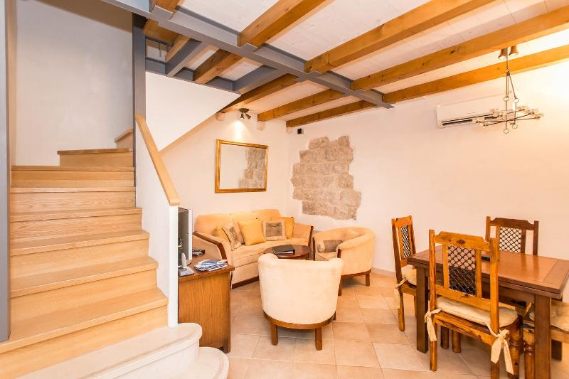 Longlook House, Old Town, holiday rental in Dubrovnik