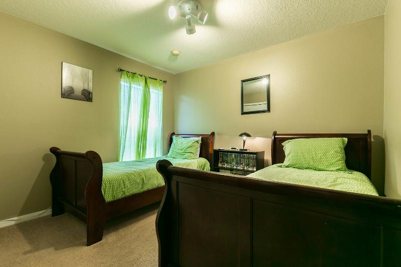 The Twin Bedroom (Green)
