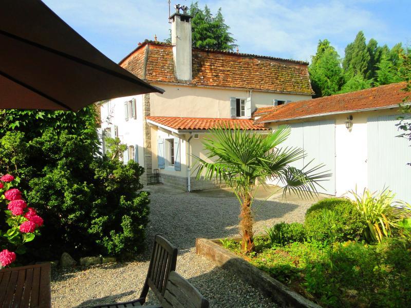 location appart Sauveterre-de-Bearn Cottage bord