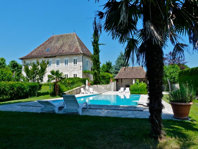 DOMAINE DU MANOIR *****, holiday rental in Les Avenieres