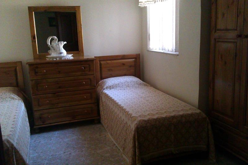 Lovely clean room available for your short and long stay in Malta.
