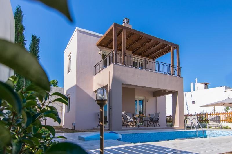 Aristocratic blue and the covered veranda