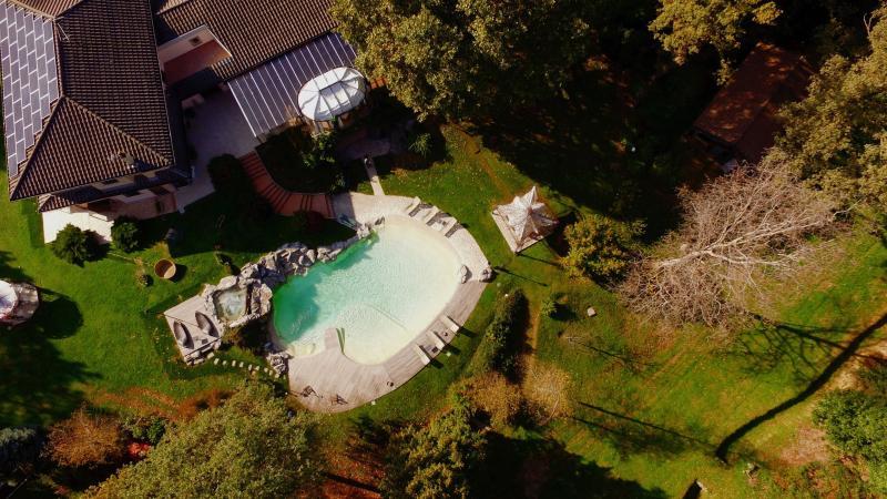 Villa La raffa e la piscina