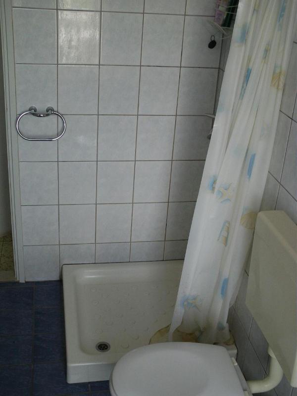 A2 Veliki (3 + 1): Badezimmer mit WC