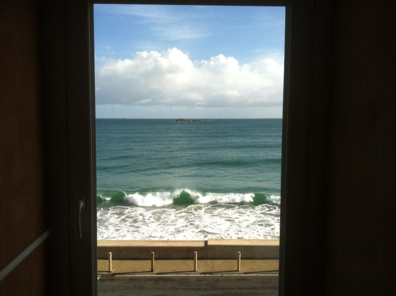 The exceptional seaview from the studio.