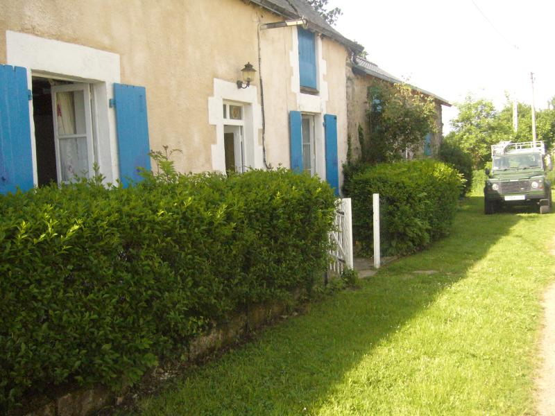 Situated on a cul-de-sac in the tiny hamlet of five houses.